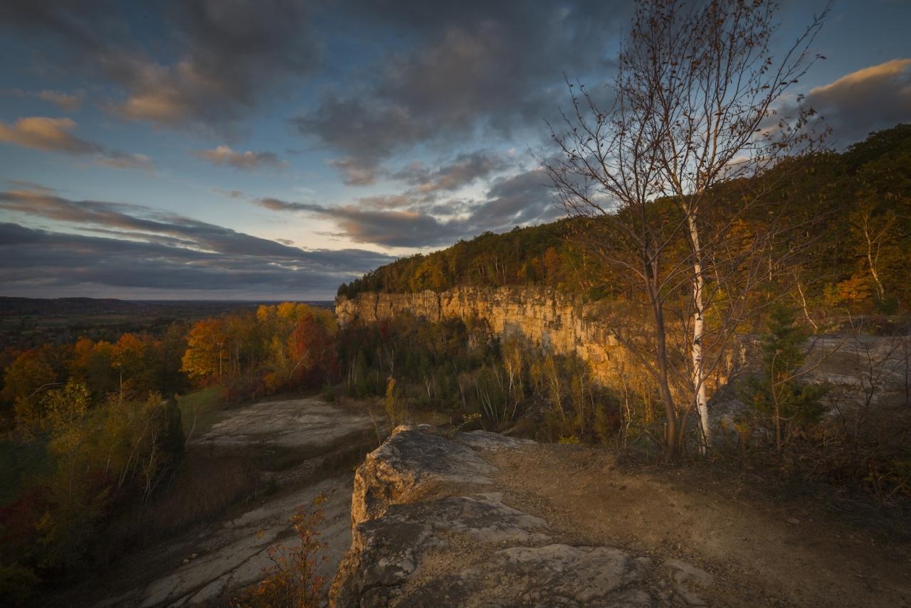 The Escarpment in Fall - Winner - Fall Category - Davic Hook 201 Winter Challenge